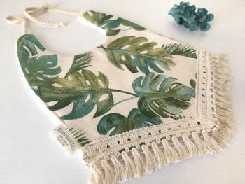 Boho bib monstera