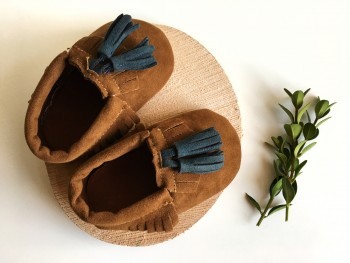 Brown tassel moccs